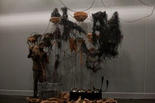 mɔ́ ntai tabindɔ 4, barɨŋ báchɔ́kɔrɔk 3, installation view, VanAbbe Museum (10)