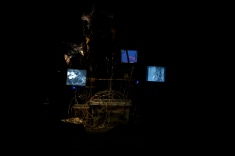 mɔ́ ntai tabindɔ 4, barɨŋ báchɔ́kɔrɔk 3, installation view, VanAbbe Museum (13)